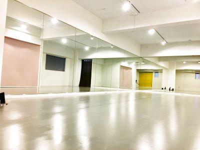 studio HAMUCAT