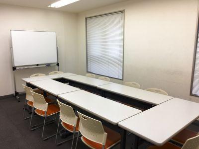 川崎駅4分。サービス重視、初めてでも安心の有人対応の会議室。 - X-FLOOR川崎会議室