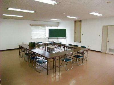 山田乳業会議室
