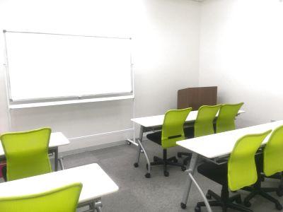 自習室うめだの貸し会議室 3ビル