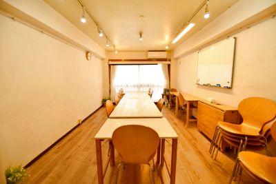 [スペースコナ銀座]歌舞伎座からすぐ。室内は自然素材を使用。教室、会議、演奏、セミナーなどに!5月リニューアルopen. - スペースコナ 銀座