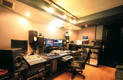 レヴォリューションスタジオ