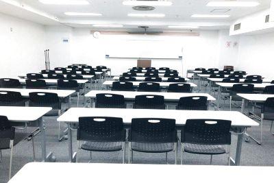 梅田B1Fレンタルスペース会議室