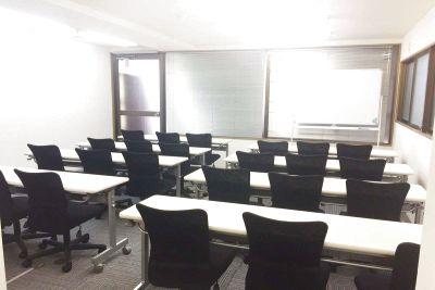 新宿レンタルスペース貸会議室
