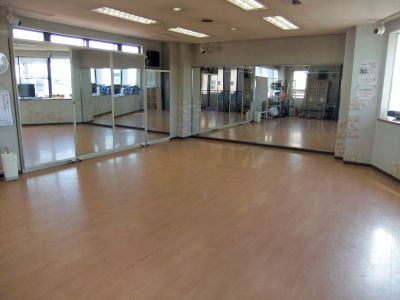 ダンスレッスン、コーラス、書道!色々な使い方ができるレンタルスタジオです。 - スタジオ・エフ