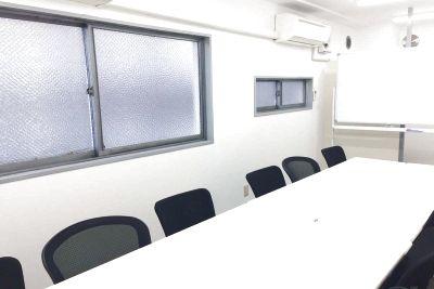 新宿三丁目レンタルスペース会議室