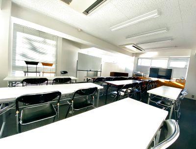 当日予約可能 3時間以上は割引付き アクセス簡単 - 会議室 教室 レンタルスペース