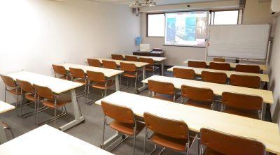 新大阪駅東口目の前。『最大34名』24時間ご利用可能、備品はすべて無料の貸し会議室です - 新大阪セミナーオフィスO-1~3