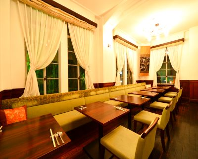 タイの領事館でもあった洋館は登録有形文化財に指定!レトロでお洒落な空間がご利用できます!パーティー可能! - サイアムガーデン