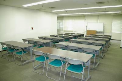 【神戸】三宮駅より徒歩5分!アクセス良好、ビジネスに便利な貸し会議室 〜36名様収容可能 - センタープラザ西館貸会議室