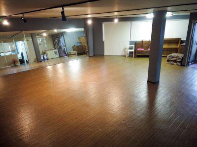 フリーパーク ダンススペース