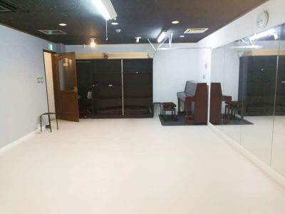 ダンス、ヨガスタジオ