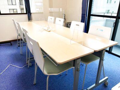 清潔な空間で会議・セミナーに最適 女性のみでも安心してご利用いただけます!(最大12人収容) - GS川崎貸会議室