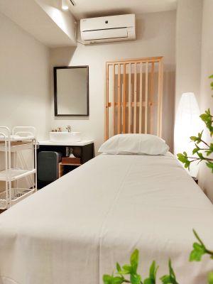 【見学受付中】お洒落なホテルの一室をレンタルサロンにリノベーション! - ORIGO Tenjin #1