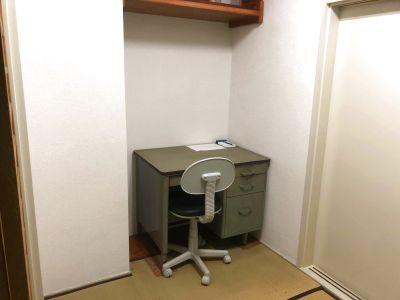 広い和室スペース 玄関から小上がりで入れます - まちなか和風処・花水木
