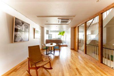 商用利用 キッチン、リビング、ダイニング、洗面、バスルームを擁する上質な空間。撮影はもちろん贅沢なパーティーも。五条烏丸駅近 - STUDIO AOTO