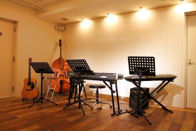 隠れ家的空間が最高の多目的レンタルスペース - Cafe Studio Kissaco(カフェスタジオキッサコ)