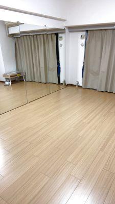 スタジオ +(プラス)新大阪店