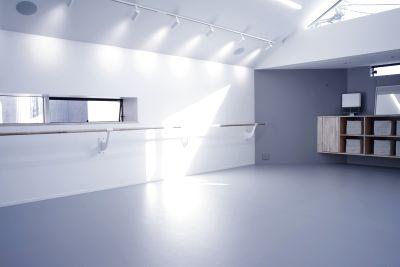 ギャラリー+スタジオ COMMU