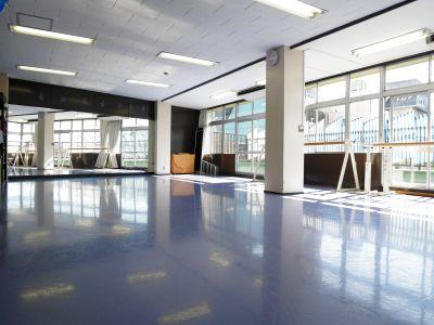 Seraバレエ&ダンススタジオ