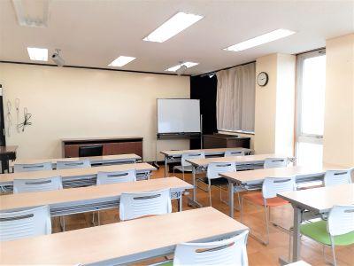 セミナーや研修に手ごろなレンタルスペースです。金沢駅から徒歩15分, - 東海ビル金沢