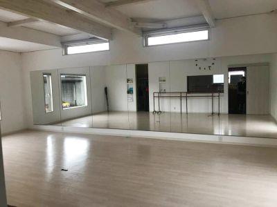 ペティ・ダンススタジオ 2F