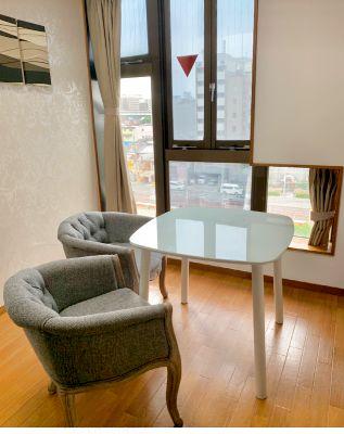最上階 ハルカスが一望できる大きな窓があるお部屋【近くに有料駐車場有】#61 - どやねんホテルズ ヤマト