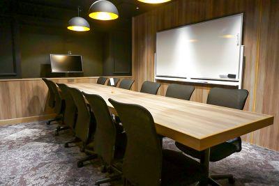 【完全個室/12名】モニター・Wi-Fi・電源完備/テレワークやWeb会議にも最適/ドリンクバー可【BasisPoint】 - Basis Point上野店