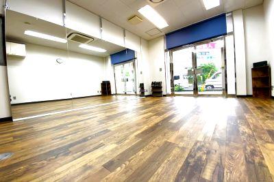 ダンススタジオ「tronica」