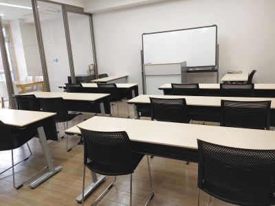 ◆開南 貸し会議室【~15名】◆Wi-Fi(光回線) プロジェクター ホワイトボード スタッフ常駐 - キスミットドア 開南オフィス