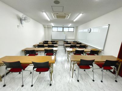 【105】wifi無料!完全個室で最大20人入る部屋です。会議やリモートワークに最適です。 - 東京国際学園 研修センター