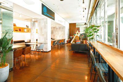 お洒落で広々としたホテルレストラン空間で会議、セミナーなど様々な用途で利用可能 - 海老名駅より徒歩約8分!