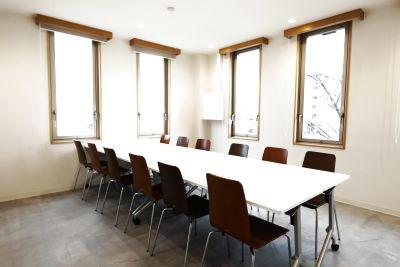 お教室、ヨガ、お打合せや会議まで多目的に利用できるレンタルスペースです。 - CAFE&SPACE L.D.K