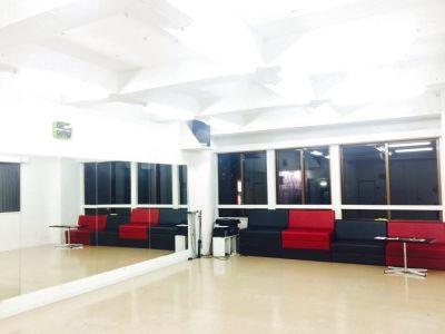 沖縄市ダンススタジオL'Asie