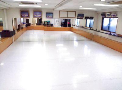 戸塚駅にある広々としたレンタルスタジオ!ピアノもあります♪ - 戸塚スタジオ ミュー