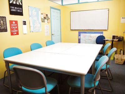 【三宮駅7分】おしゃれでアットホームな雰囲気のスペースです - 英会話学校ザ・ニュービレッジ