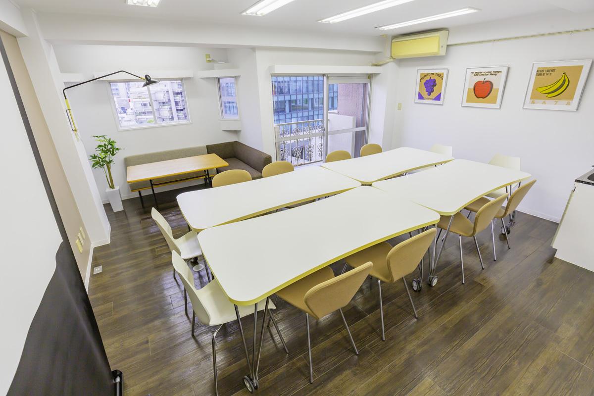 原宿神宮前スタジオ 高速WiFi!五輪期間にオススメの室内の写真