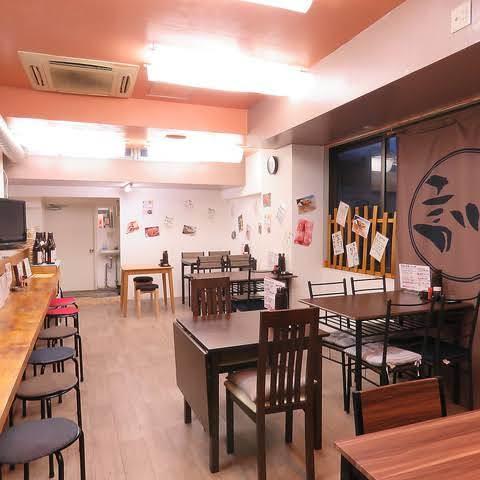 結musubi 居酒屋の室内の写真