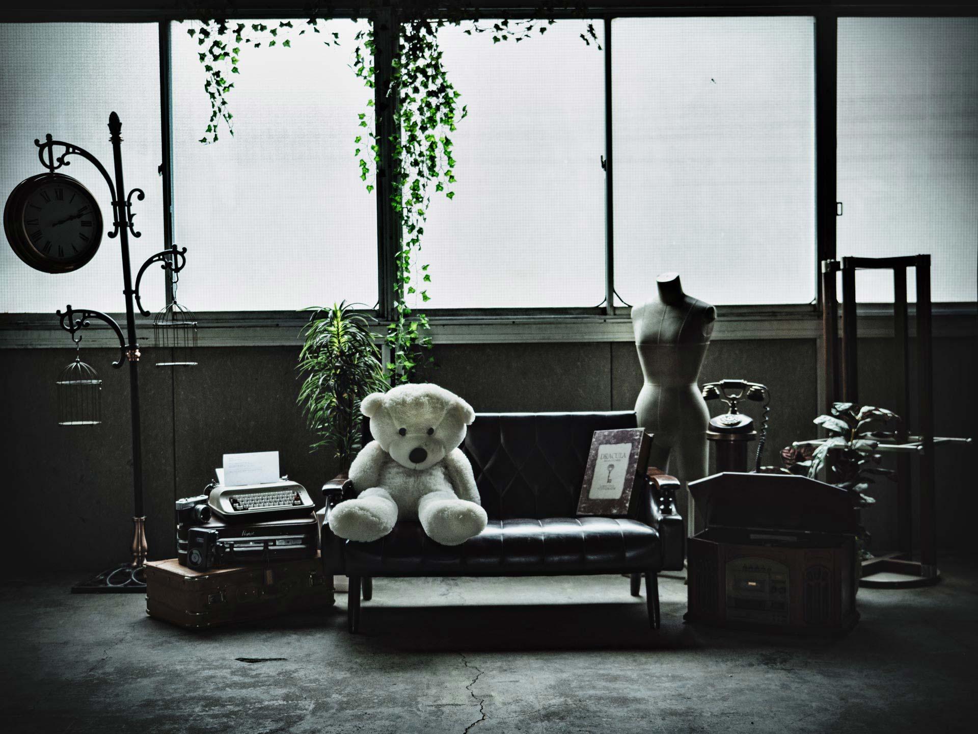 【Aフロア】 コンクリートブロックでグランジの世界観 - 撮影スタジオ【とらんばねーろ】 撮影スペースの室内の写真