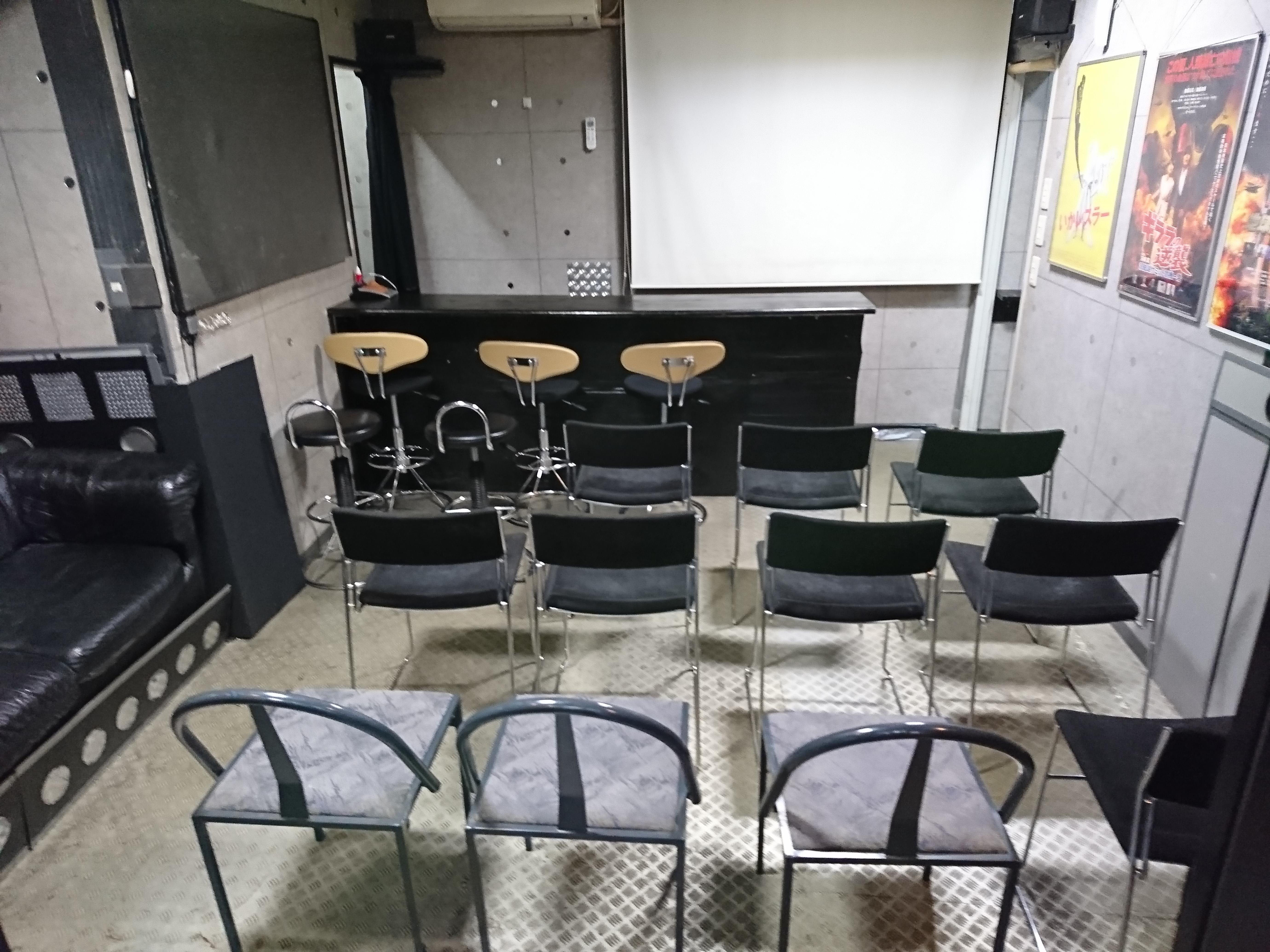 ルナベース オフ会スペース、イベント会場の室内の写真