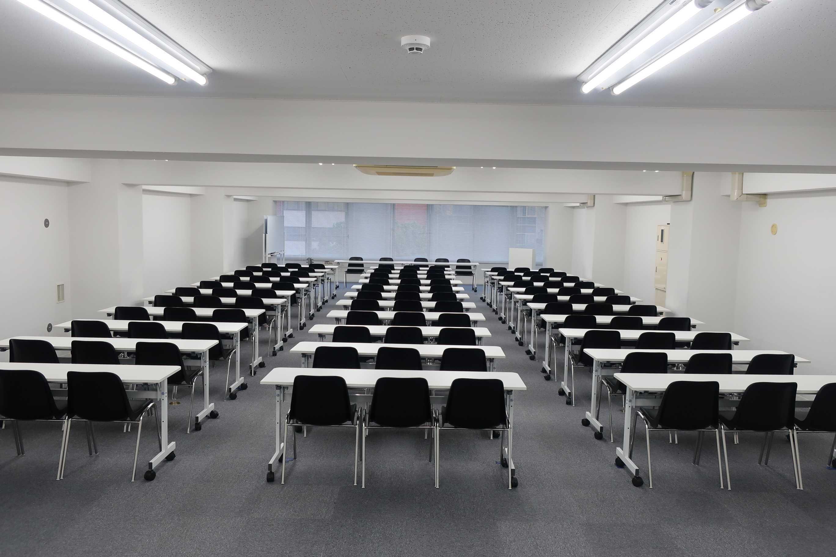 スマートレンタルスペース 会議・セミナー向け601号室の室内の写真