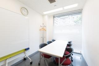 アスパ日本橋オフィス 【fabbit日本橋】会議室Cの室内の写真