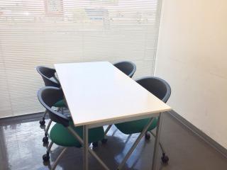 アスパ日本橋オフィス 【fabbit日本橋】会議室Aの室内の写真