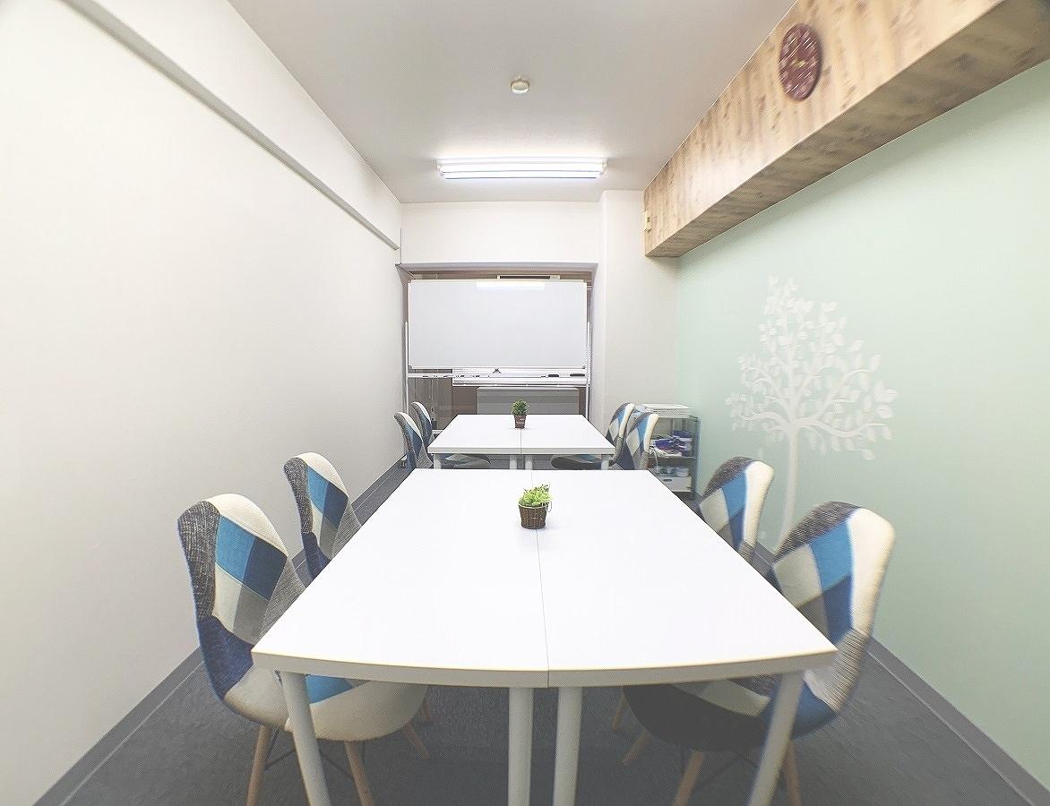お手軽会議室淀屋橋≪ガリレオ≫ 206号室(2階)の室内の写真