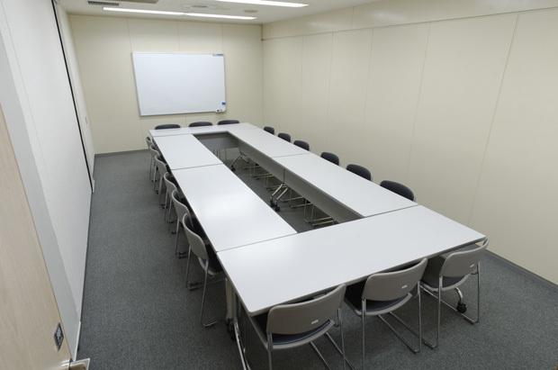 大阪会議室 難波御堂筋ホール ホール8C(8階)の室内の写真