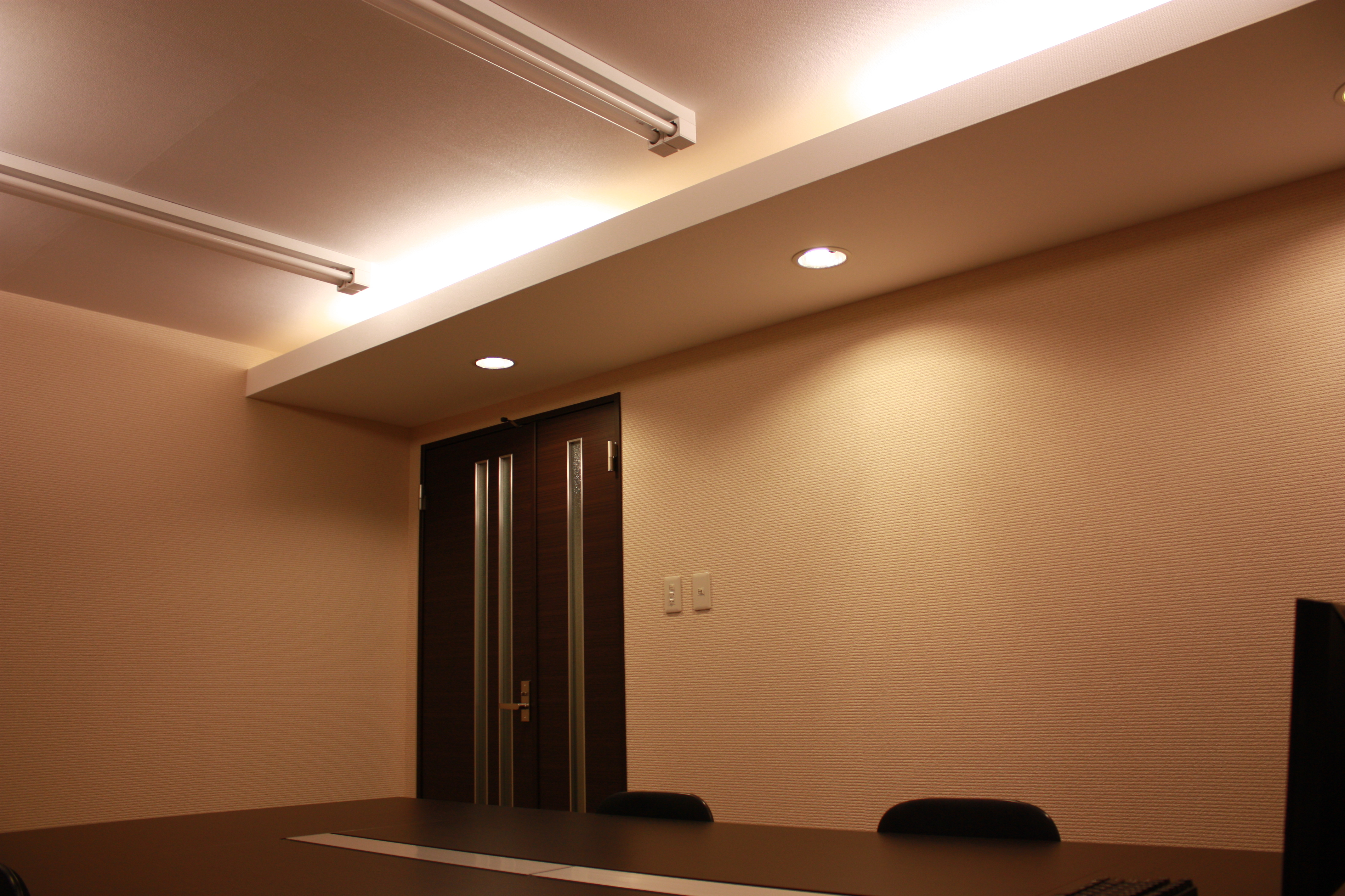 SPESCO会議室 【札幌市 北34条駅】駅近会議室の室内の写真