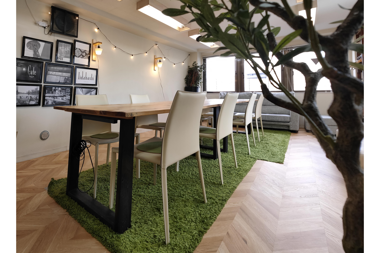 完全貸切、貸し会議室、撮影、パーティー、ボドゲ、24h 飯田橋 - Sabori 飯田橋 301 多目的レンタルスペースの室内の写真