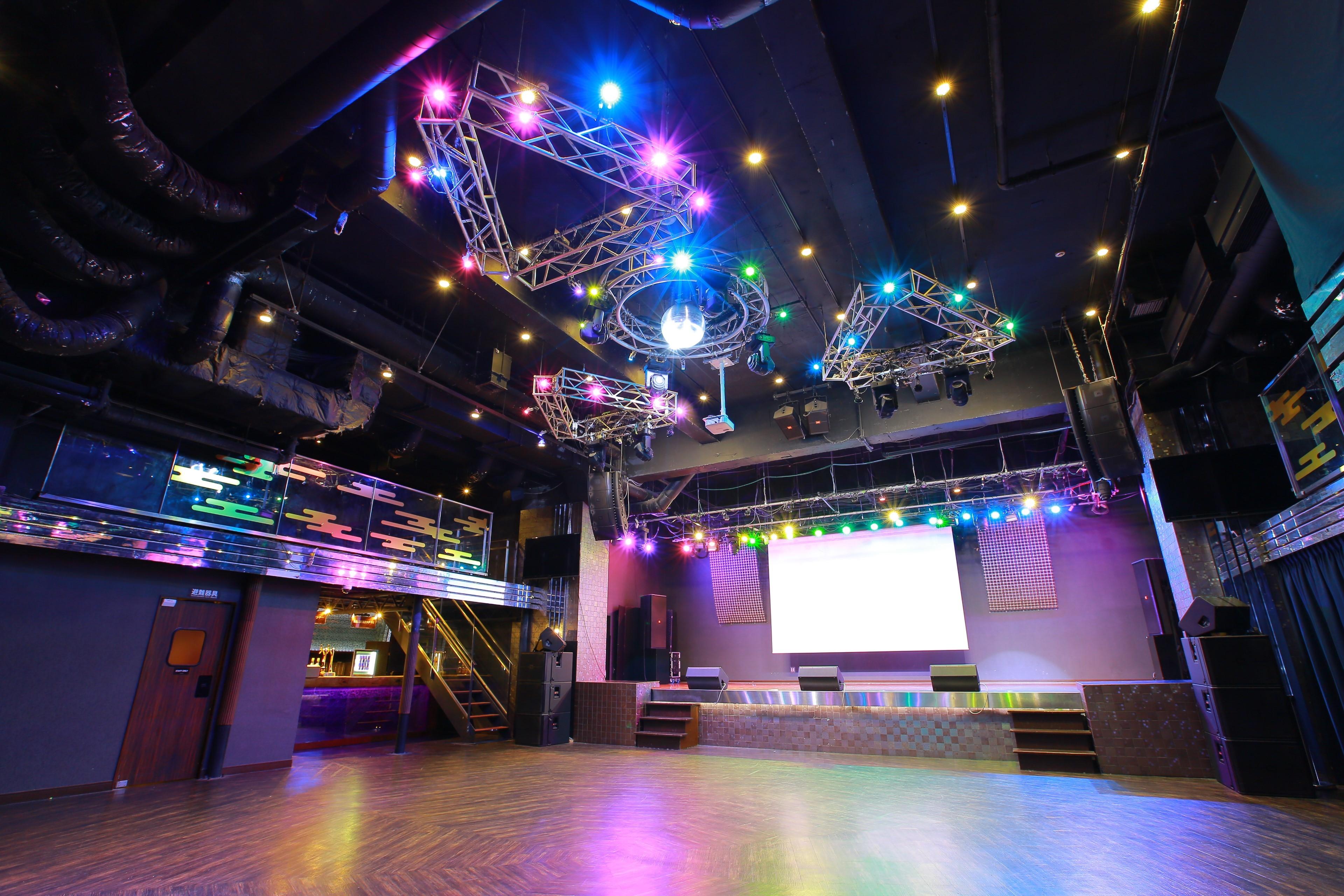 パームス秋葉原 無観客・配信LIVEに最適フロアの室内の写真