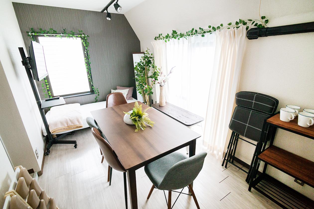 フィンランド会議室の室内の写真