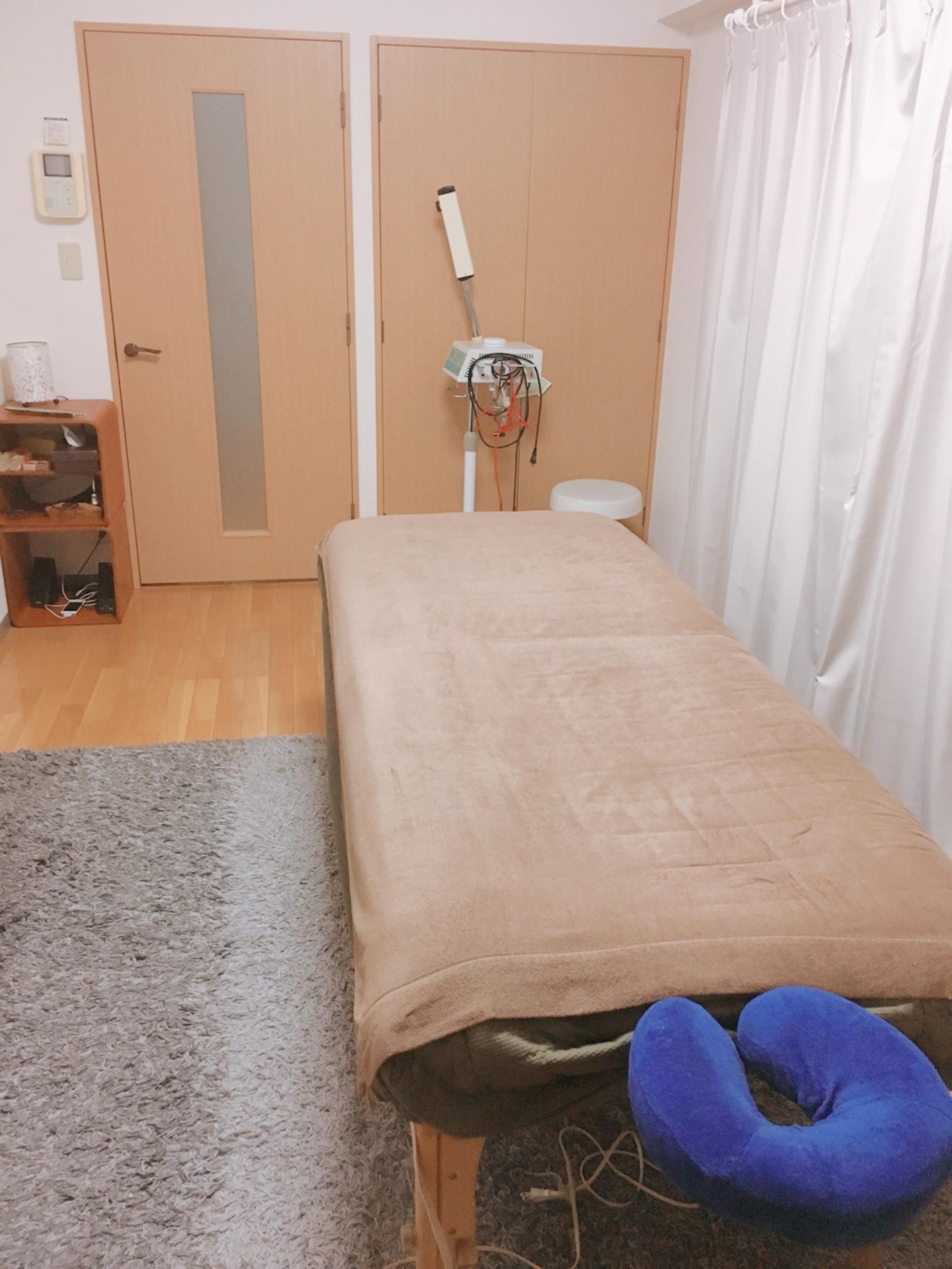 横浜レンタルサロンMAREBLE レンタルサロンの室内の写真